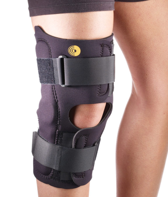 CF Anterior Closure Knee Wrap with Hinge
